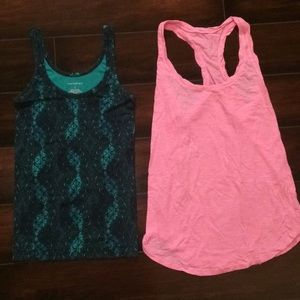 2 size S tank tops!